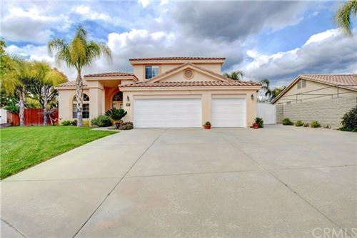 Photo of 942 Sarazen Street, Hemet, CA 92543 (MLS # TR20030561)