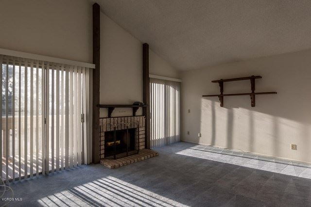 Photo of 224 Oakleaf Drive #201, Thousand Oaks, CA 91360 (MLS # 221000561)