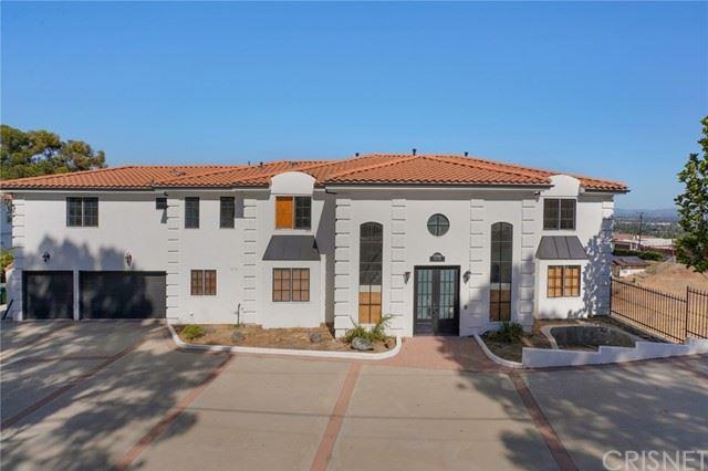 Photo of 11566 Vimy Road, Granada Hills, CA 91344 (MLS # SR21124561)