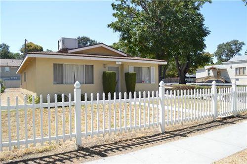 Photo of 1915 Riverside Avenue, Paso Robles, CA 93446 (MLS # NS20151562)
