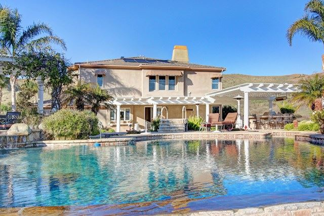 Photo of 2316 Valley Terrace Drive, Simi Valley, CA 93065 (MLS # 220001562)