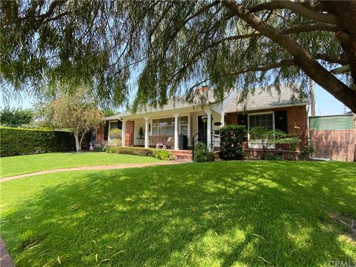 Photo of 311 W Spazier Avenue, Burbank, CA 91506 (MLS # BB21154563)