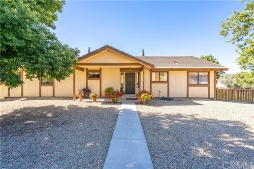 Photo of 2336 Wood Duck Lane, Paso Robles, CA 93446 (MLS # NS20107563)