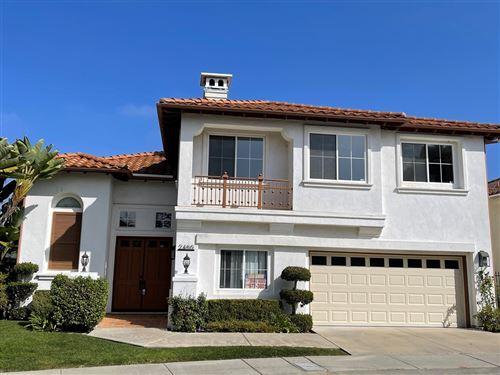 Photo of 2460 Darlington Row, La Jolla, CA 92037 (MLS # 210029564)