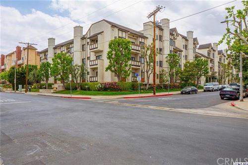 Photo of 17914 Magnolia Boulevard #313, Encino, CA 91316 (MLS # 320005564)