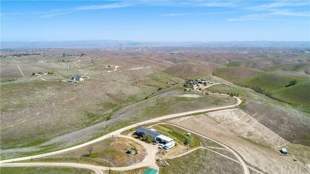 Photo of 3233 Yosemite Place, Paso Robles, CA 93446 (MLS # NS21077564)