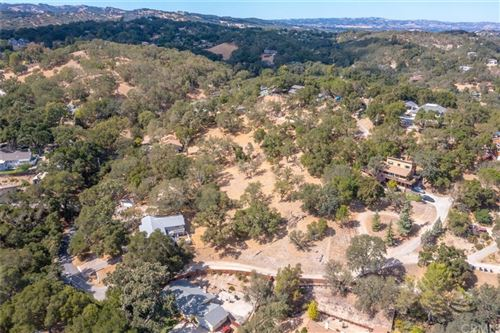 Photo of 8315 Linda Vista Avenue, Atascadero, CA 93422 (MLS # NS20228565)