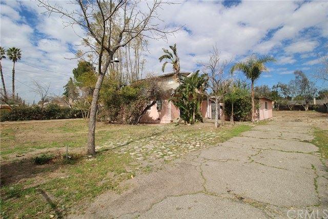 17442 Elaine Drive, Fontana, CA 92336 - MLS#: CV20039565