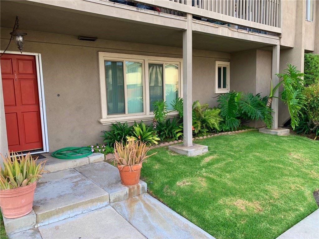 Photo of 16971 Hoskins Lane, Huntington Beach, CA 92649 (MLS # OC21164565)