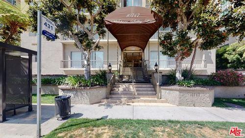 Photo of 10747 Wilshire Boulevard #1406, Los Angeles, CA 90024 (MLS # 21721566)
