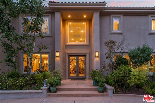Photo of 1607 N Bundy Drive, Los Angeles, CA 90049 (MLS # 21753566)