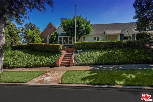 Photo of 10450 BAINBRIDGE Avenue, Los Angeles, CA 90024 (MLS # 21791566)