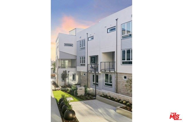 Photo of 1118 N AVENUE 56 #6, Highland Park, CA 90042 (MLS # 20575566)