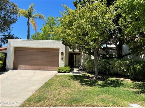 Photo of 665 Woodlawn Drive, Thousand Oaks, CA 91360 (MLS # 221002567)