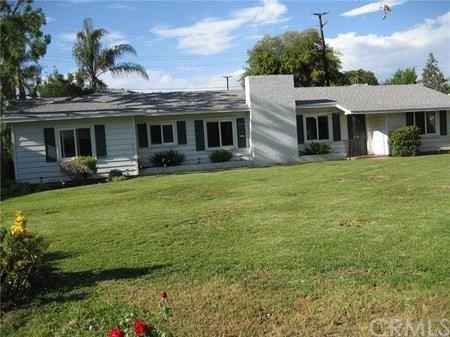 Photo of 935 W River Lane, Santa Ana, CA 92706 (MLS # PW21235567)