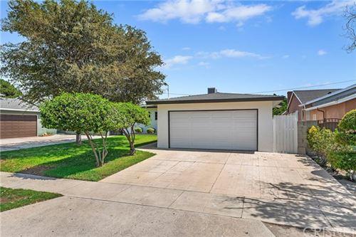 Photo of 7642 Lemp Avenue, North Hollywood, CA 91605 (MLS # SR20187567)