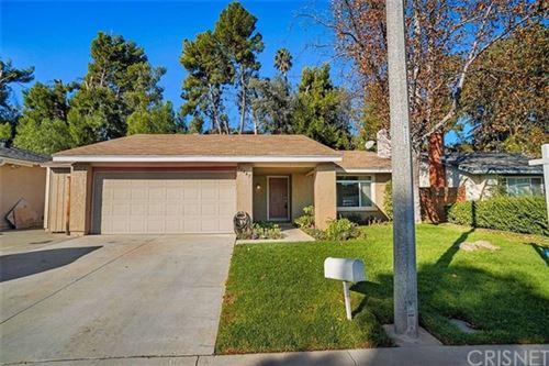 Photo of 27447 Sycamore Creek Drive, Valencia, CA 91354 (MLS # SR20215567)