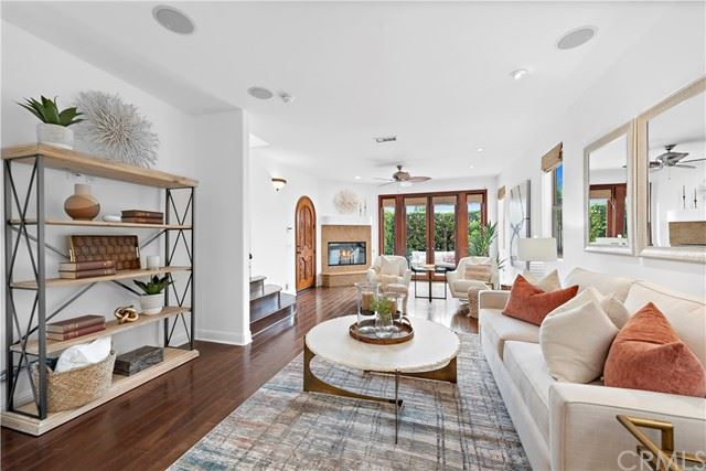 Photo of 419 IRIS Avenue, Corona del Mar, CA 92625 (MLS # NP21101567)
