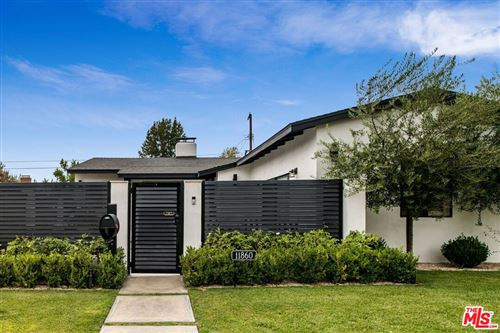 Photo of 11860 Tiara Street, Valley Village, CA 91607 (MLS # 21788568)
