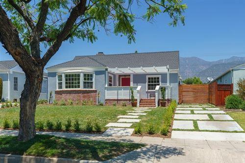 Photo of 2447 Paloma Street, Pasadena, CA 91104 (MLS # 820002568)