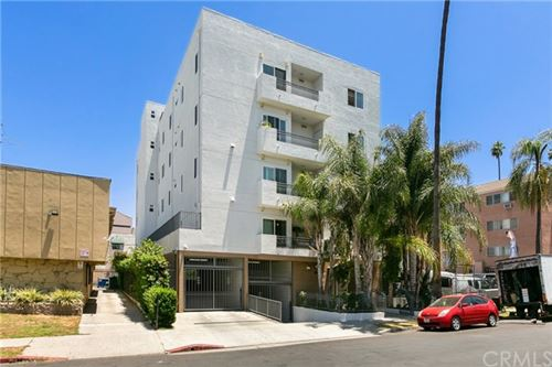 Photo of 926 S Manhattan Place #501, Los Angeles, CA 90019 (MLS # AR20136568)