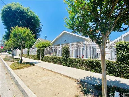 Photo of 8004 Oakdale Avenue, Winnetka, CA 91306 (MLS # SR21069568)