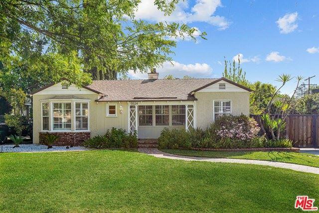 Photo of 5524 Radford Avenue, Valley Village, CA 91607 (MLS # 21715568)