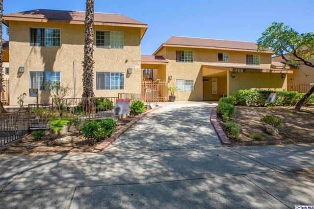 Photo of 1160 Elm Avenue #18, Glendale, CA 91201 (MLS # 320006568)