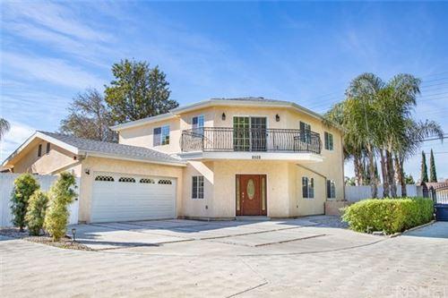 Photo of 8528 Vanalden Avenue, Northridge, CA 91324 (MLS # SR20019569)