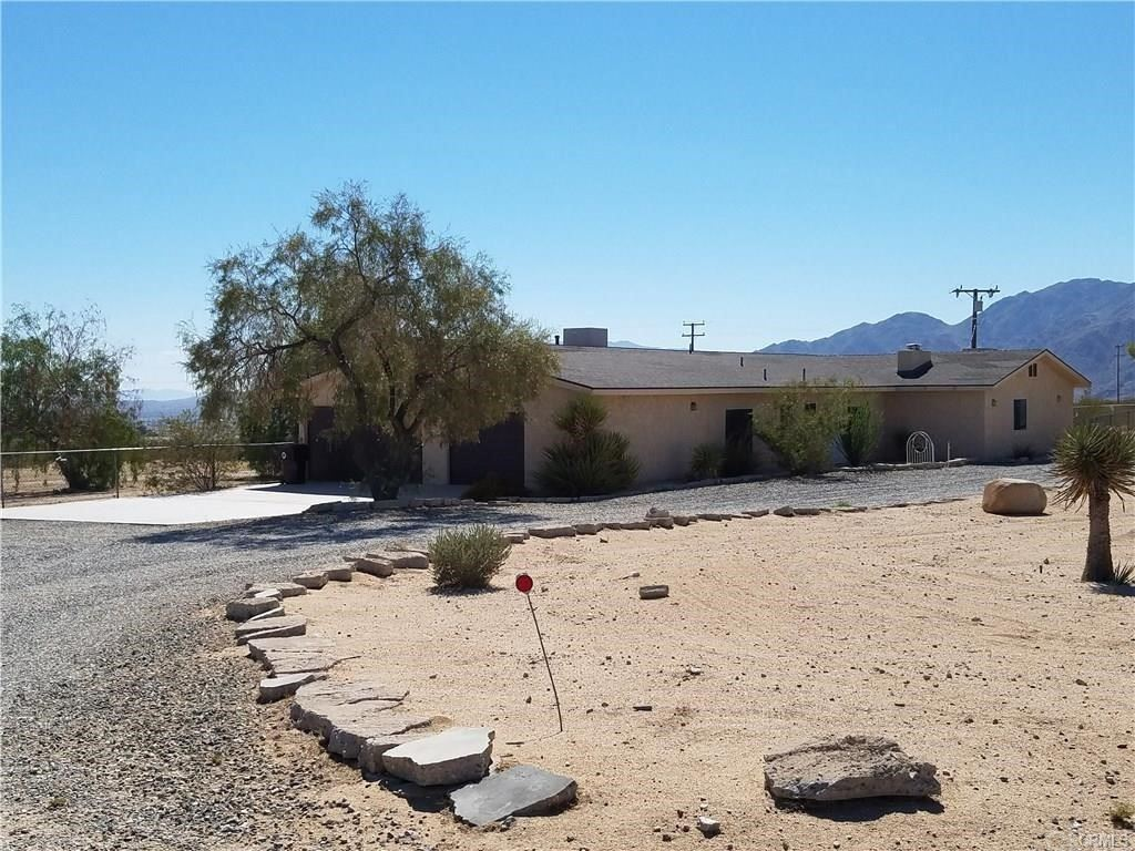 5869 Carodean Road, Twentynine Palms, CA 92277 - MLS#: JT20249569