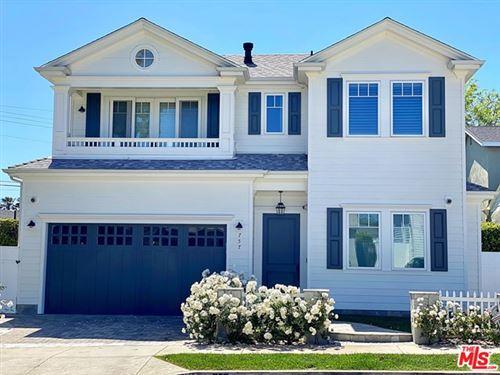 Photo of 757 HARTZELL Street, Pacific Palisades, CA 90272 (MLS # 20574570)