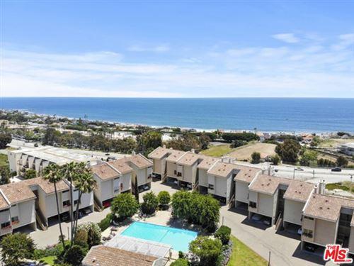 Photo of 23922 De Ville Way #D, Malibu, CA 90265 (MLS # 21730570)