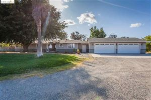 Photo of 2460 Sunset Rd, Brentwood, CA 94513 (MLS # 40882570)