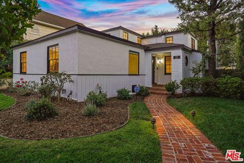 Photo of 1501 Kelton Avenue, Los Angeles, CA 90024 (MLS # 21738572)