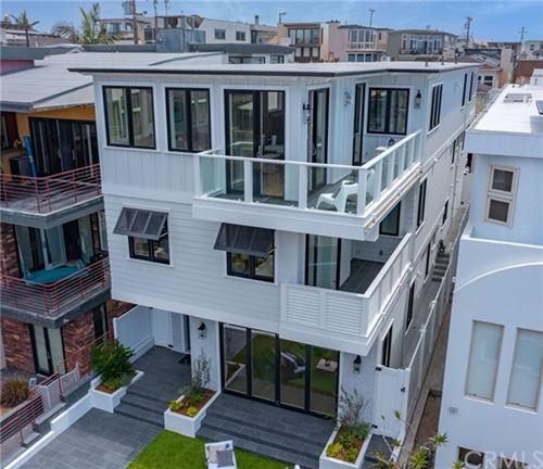 Photo of 316 20th Street, Manhattan Beach, CA 90266 (MLS # SB21136572)