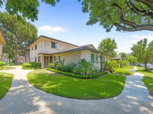 Photo of 2052 Avenida Vista Del Monte #2, Simi Valley, CA 93063 (MLS # SR21115572)