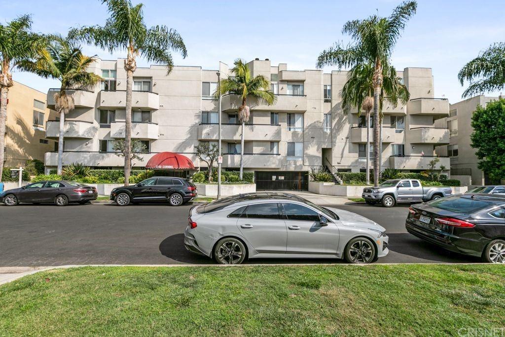 1240 S Corning Street #204, Los Angeles, CA 90035 - MLS#: SR21226572