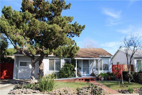 Photo of 7512 Balboa Boulevard, Lake Balboa, CA 91406 (MLS # SR20258573)