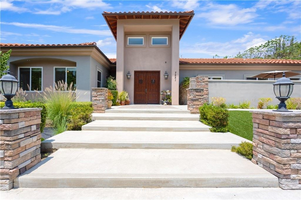 Photo of 7551 Country Hill Lane, Anaheim Hills, CA 92808 (MLS # SW21158573)