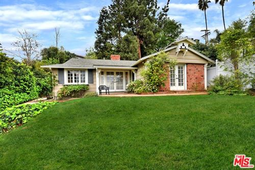 Photo of 13646 VALLEY VISTA, Sherman Oaks, CA 91423 (MLS # 20564574)