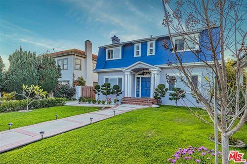 Photo of 895 S Bronson Avenue, Los Angeles, CA 90005 (MLS # 21689574)