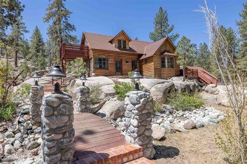 Photo of 39321 Lark Road, Big Bear, CA 92315 (MLS # 221002574)