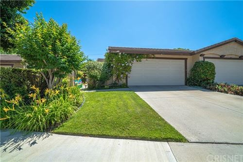 Photo of 25656 Palma Alta Drive, Valencia, CA 91355 (MLS # SR20100575)