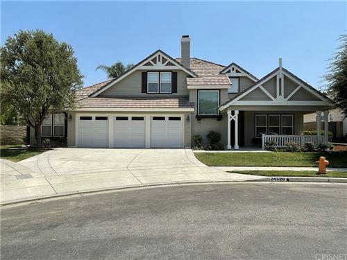 Photo of 24320 Elliott Lane, Newhall, CA 91321 (MLS # SR21182575)