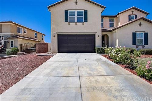 Photo of 37145 Sierra Grove Drive, Murrieta, CA 92563 (MLS # SW20134575)