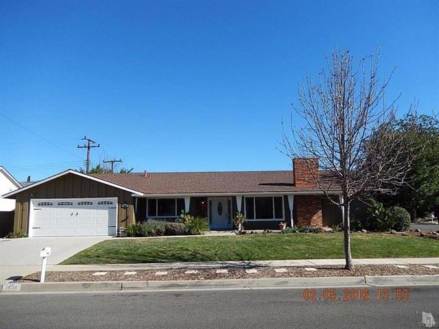 Photo of 1404 Suffolk Avenue, Thousand Oaks, CA 91360 (MLS # 221002575)