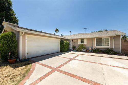 Photo of 6289 Jackie Avenue, Woodland Hills, CA 91367 (MLS # SR20154576)