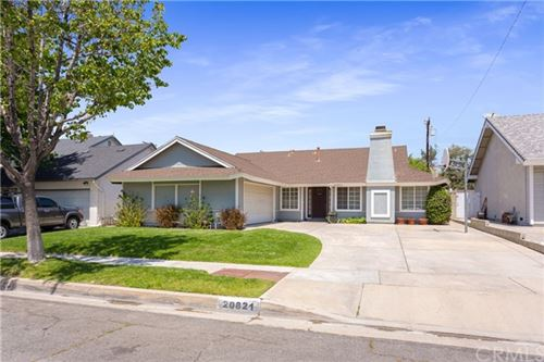 Photo of 20821 Kingscrest Drive, Saugus, CA 91350 (MLS # OC21096577)