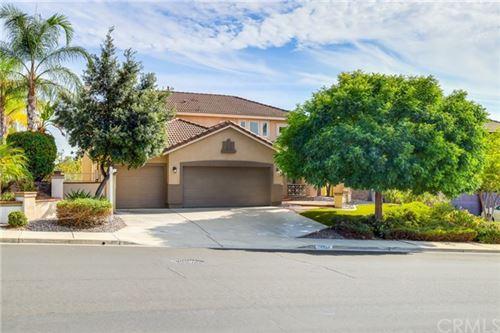 Photo of 39720 Tinderbox Way, Murrieta, CA 92562 (MLS # SW20226577)