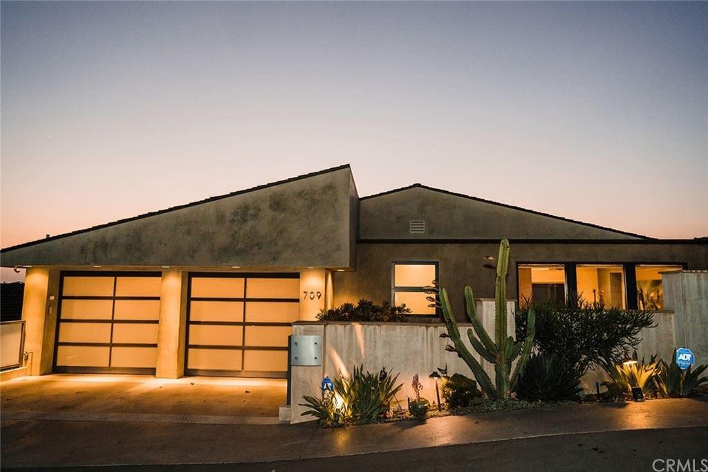 Photo for 709 Canyon View Drive, Laguna Beach, CA 92651 (MLS # LG21187577)